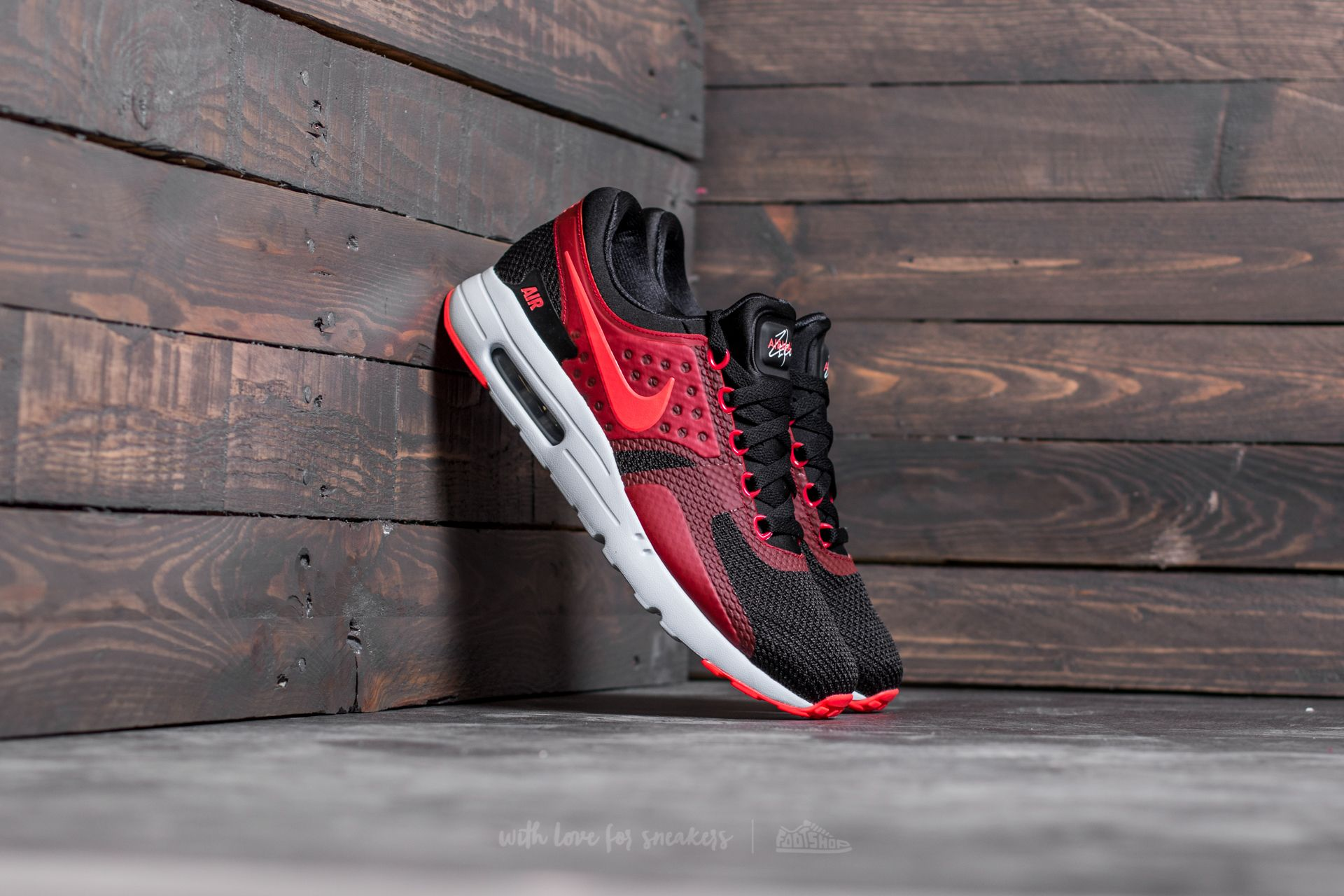 Nike Air Max Zero Essential Black/ Bright Crimson-Gym Red Footshop – FR