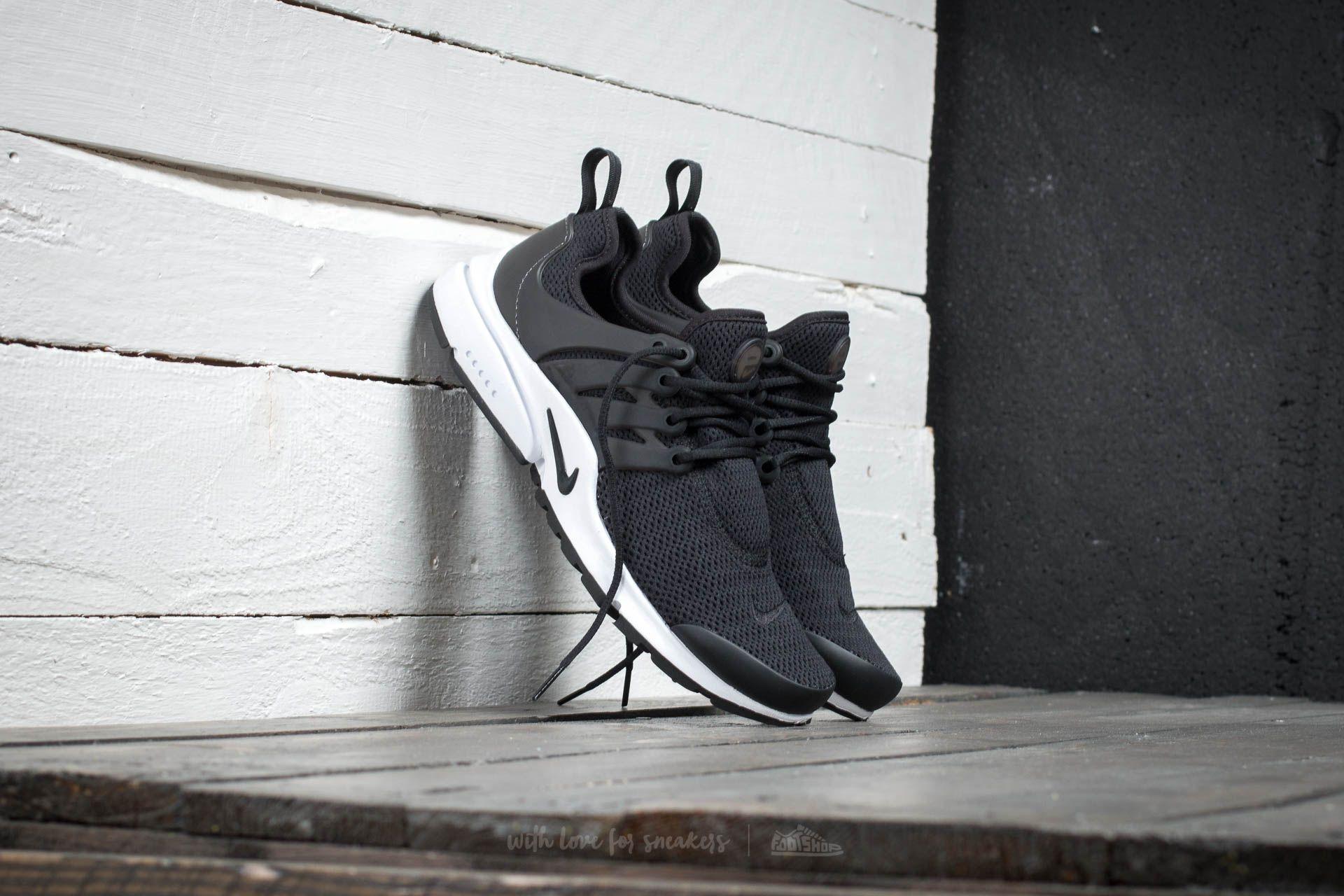 Nike Wmns Air Presto Black/ Black-White