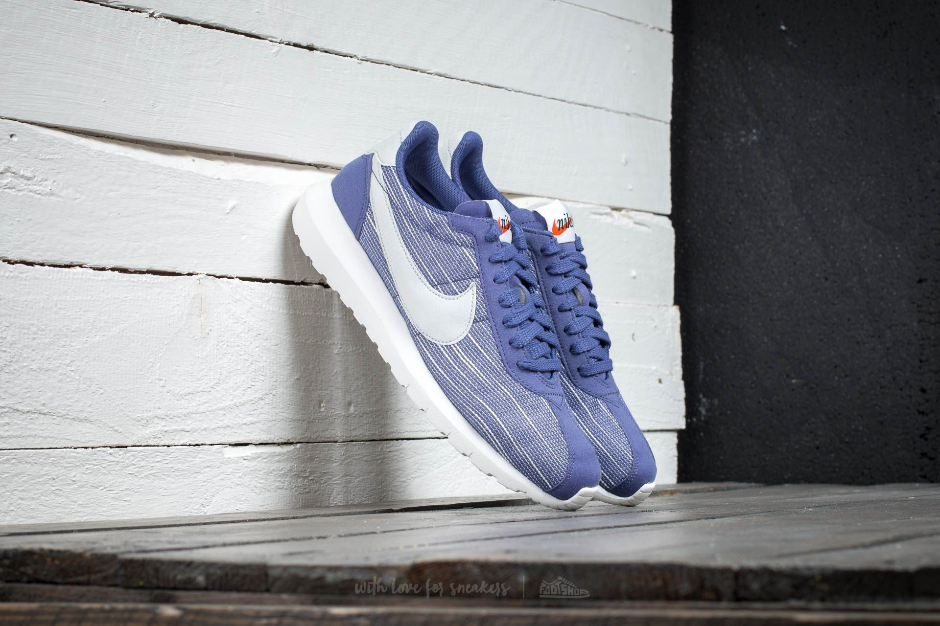 Nike W Roshe LD- 1000 Dark Purple/ Pure Platinum-Sumit White